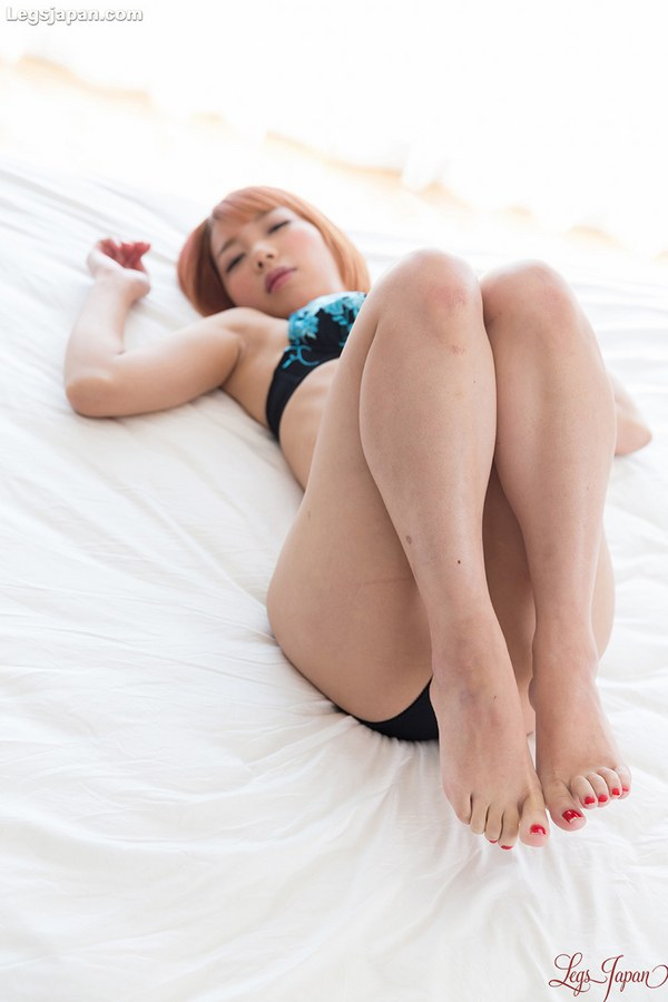 Chie Kobayashi - LegsJapan - TokyoAshi.com